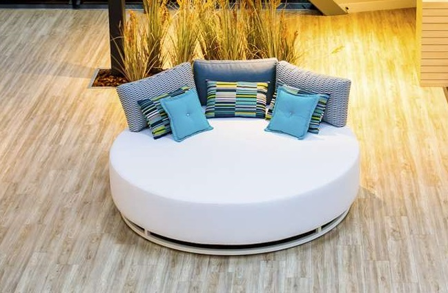 square chaise lounge